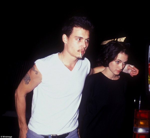 349F5E3D00000578-3613134-Depp_dated_Winona_Ryder_for_three_years_and_became_engaged_to_th-a-78_1464379672264